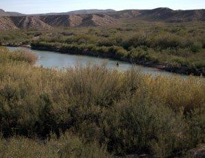 Rio Grande near Boquillos del Carmen